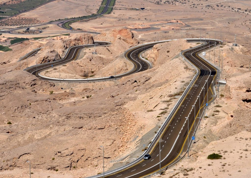 The drive up Jebel Hafeet